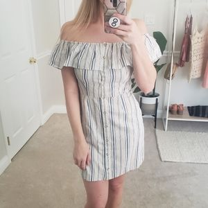 WAYF Striped Off-The-Shoulder Casual Dress Size 8
